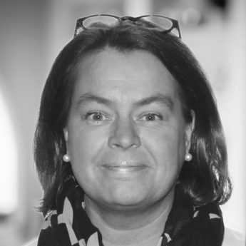 Catharina Rosenbröijer-Hackzell